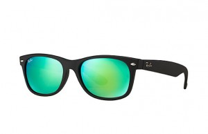 RAY BAN NEW WAYFARER Rubber Black / Mirror Green RB2132 622/19